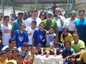 Acompañando a los Equipos participantes en el Torneo