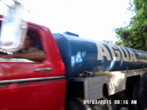 Los Vendedores de Agua hacen su Agosto en Tamborito