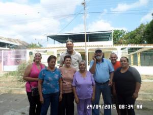 Grupo de vecinos de la Urbanización El Toquito de Villa de Cura