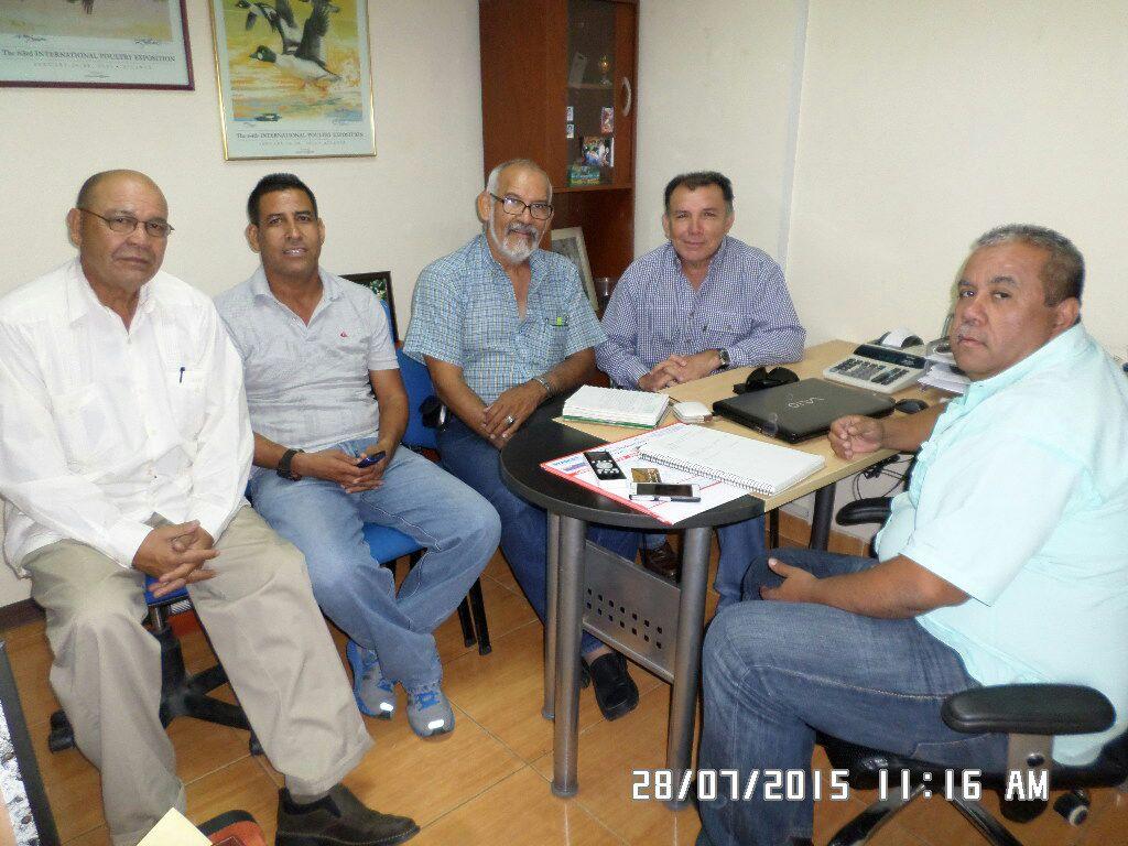 Candidato de la Unidad Arnoldo Benítez sostuvo reunión para evaluar instalaciones deportivas
