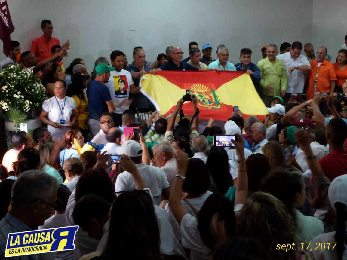 ARAGUA Proclamo Candidato de la UNIDAD «LA FUERZA DE TODOS»